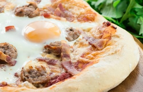 all day breakfast pizza